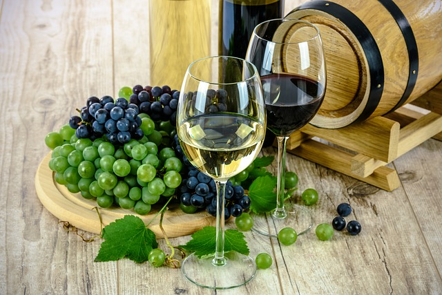 How to Decide Which Wine to Order When Dining Out?